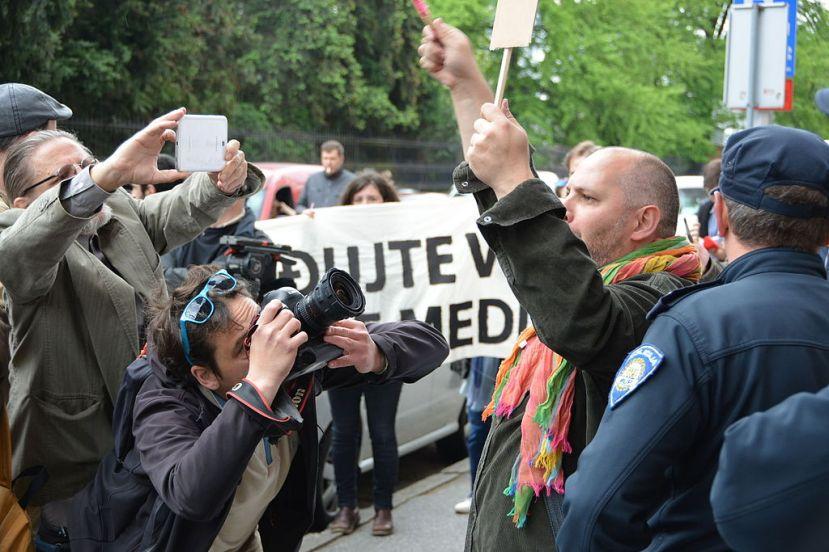 Journalists protest in Zagreb, Croatia, demanding freedom for the press during Freedom of the Press Day, May 2016. Photo by Branko Radavanovic, through Wikimedia Commons